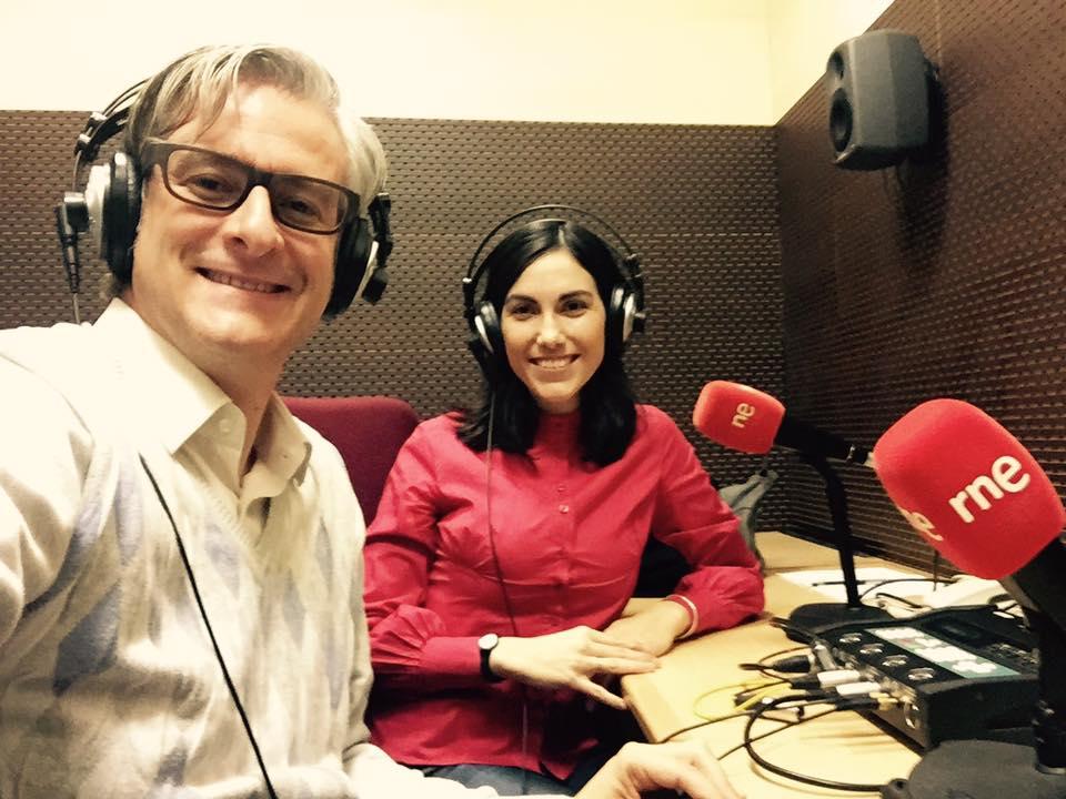 Luis Llopis y Eva Chacón en la sede de RTVE